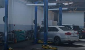 car_repair_shop-72_comp 1